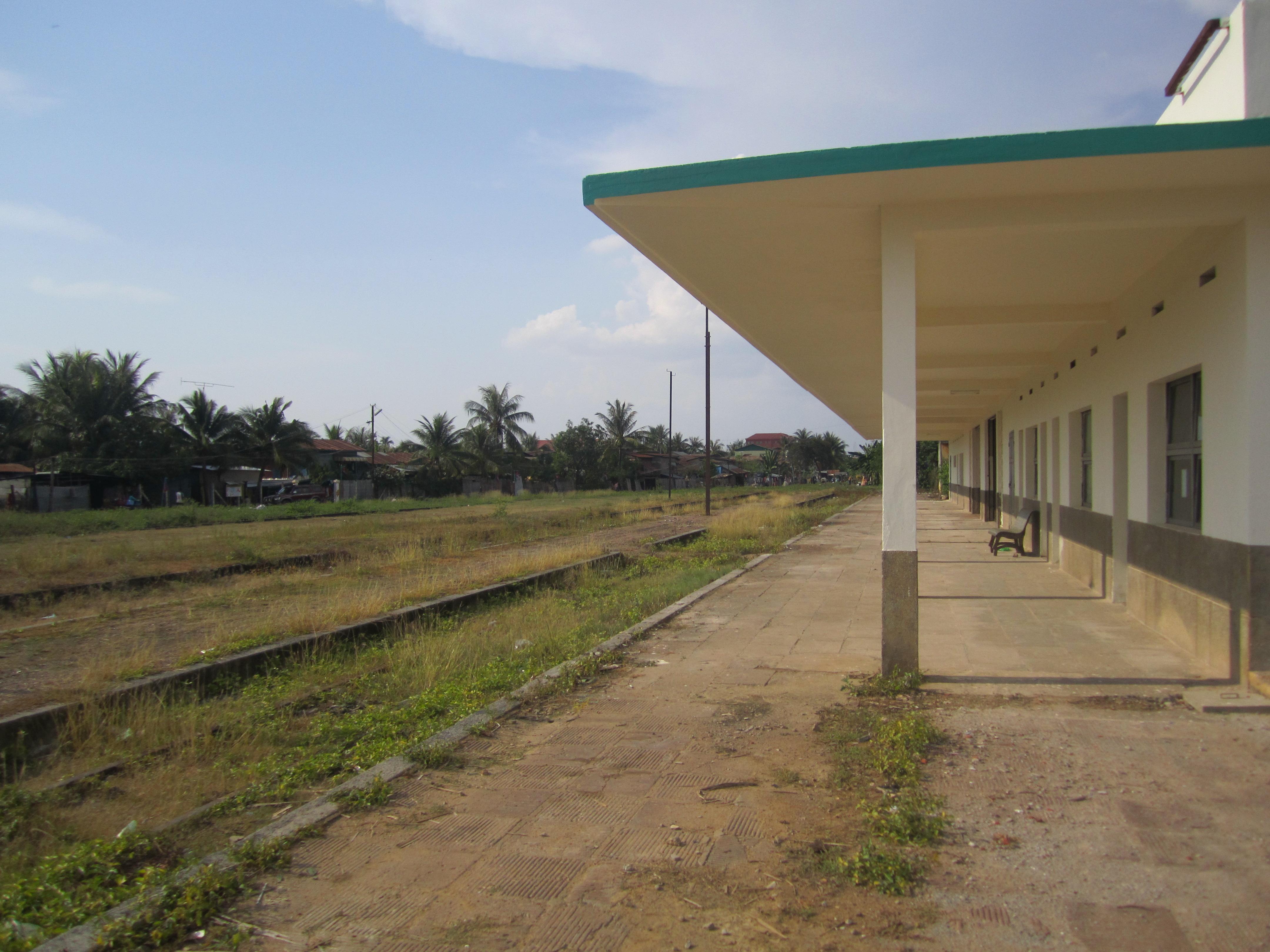 Battambang, Abandoned City   Lonely Girl Travels